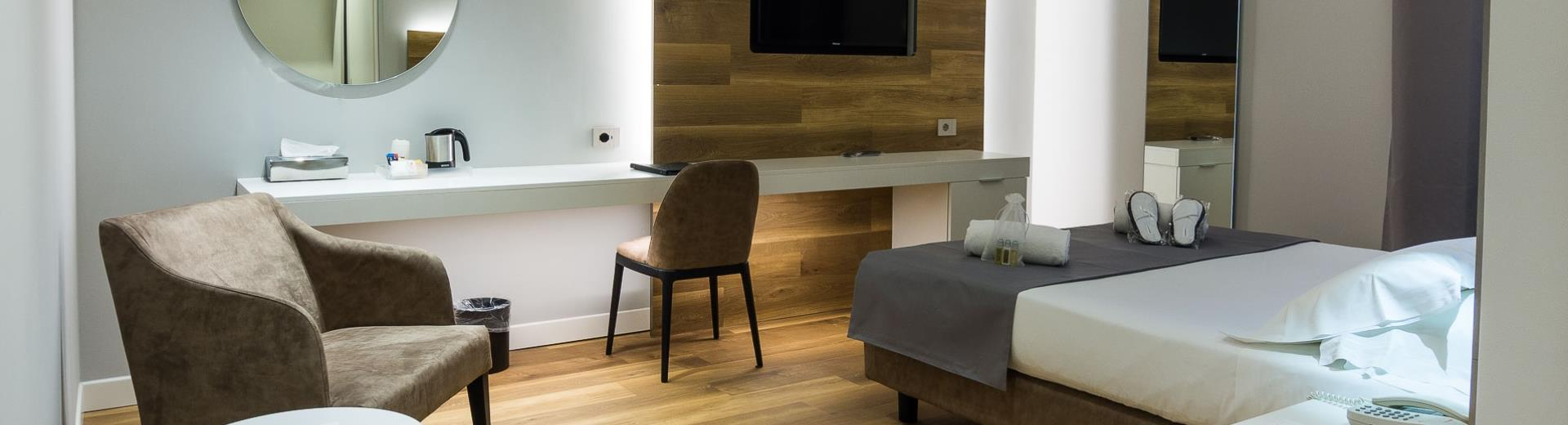 Looking for a hotel with elegant and comfortable rooms in Verona? Then choose Hotel Turismo, modern 4 stars in Verona East!